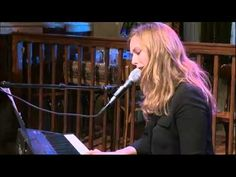 Maaike Ouboter - 'Fix You' (cover Coldplay) live @ Gijs 2.0. | Npo Radio 2 - YouTube