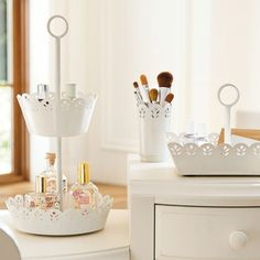 e9b9c295ab1e Pretty Petals Beauty Storage - Looks so elegant and stores beauty products  nicely! Skladovanie Makeup