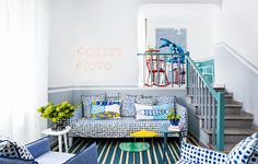 La casa di vacanza si rinnova nei colori del mare
