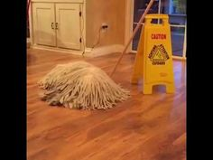 A beautiful Komondor dog is cleverly disguised as a mop with a mind of its own in a silly video posted by Kyoot Animals. Dogs 101 has more information Animal Memes, Funny Animals, Cute Animals, Animal Humor, Funny Cute, Hilarious, Funny Memes, Top Funny, Funny Fails