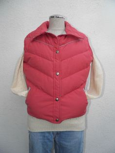 VTG WOOLRICH 70s Puffy Puffer Goose Down Ski Snow Vest Quilt Chevron Sheep L USA in Clothing, Shoes & Accessories, Women's Clothing, Coats & Jackets | eBay