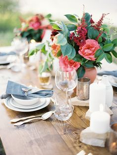 Pink and Blue Southwestern Inspired Table | Kristen Kilpatrick Photography | In the Golden Light of Summer Wedding