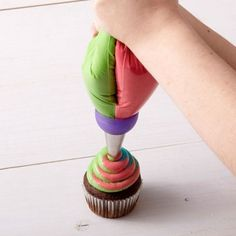 3 Holes Tri-color Cream Coupler Cake Decorating Tools Icing Piping Pastry Bag Nozzle Converter,,Cupcake Fondant Cookie 3 Color H Cake Decorating Icing, Cake Decorating Tools, Cookie Decorating, Decorating Supplies, Fondant Cupcakes, Cupcake Cookies, Piping Bag, Piping Icing, Frosting