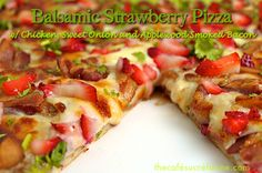 Balsamic Strawberry Pizza with Chicken, Sweet Onion and Applewood Smoked Bacon - thecafesucrefarine.com
