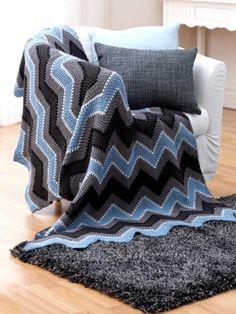 Ravelry: Winter - Zig Zag Afghan pattern by Bernat Design Studio Zig Zag Crochet, Crochet Ripple, Crochet Afgans, Crochet Quilt, Manta Crochet, Crochet Crafts, Crochet Yarn, Crochet Stitches, Crochet Hooks
