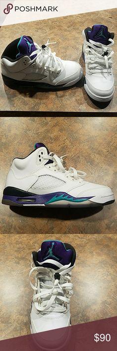 Air Jordan 5 Retro GS Air Jordan 5 Retro GS size 5 in girls (NO TRADES) Jordan Shoes