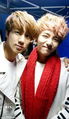 jin and taehyung- ekkkkk!!! taehyung wae!?!?!?!?!?