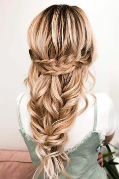 5 minutes Easy Braids Hairstyle Trendy Hairstyle for Small Girls Cute Two Braided Tails: Stylish Top Bun: Sweet Bob Cut for School Girls: Adorable Pixie for Girls: Small Double Bun: Beautiful Updo: . Simple and Easy Bow Hairstyle: . Fishtail Ponytail, Messy Braids, Small Braids, Crown Braids, Braids Easy, Loose Braids, Bohemian Wedding Hair, Short Wedding Hair, Cute Curly Hairstyles