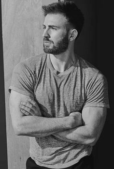 Chris Evans photographed by Mario Sorrenti Captain America Capitan America Chris Evans, Chris Evans Captain America, Capt America, Cody Christian, Steve Rogers, Mario Sorrenti, Robert Evans, Le Male, Hommes Sexy