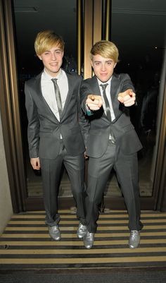 Jedward In Pictures - PopDash