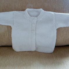Diy Crafts - Baby Emily Knitting pattern by Stella Ackroyd Baby Cardigan Knitting Pattern, Arm Knitting, Knitting For Kids, Baby Knitting Patterns, Baby Emily, Baby Pullover, Crochet Fall, Universal Yarn, Baby Scarf