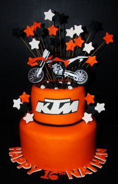 Ideas Dirt Bike Cake Motocross For 2019 Motorcycle Birthday Cakes, Dirt Bike Birthday, Motorcycle Cake, Bike Birthday Parties, Birthday Gifts For Teens, 16th Birthday, Birthday Cupcakes, Birthday Wishes, Birthday Ideas
