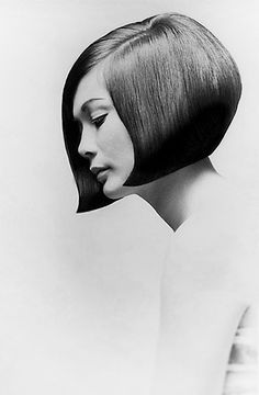 Actress Nancy Kwan sports a bob by Vidal Sassoon, 1963 for Vogue || Photo by Terence Donovan