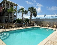 CHEAP! Silver Sands Beach house rental - Silver Sands private pool (Neighboring house owned by same owner and not rented)