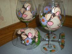 Cute Easter glasses, here comes peter cottontail. hand painted easter bunny and daisies goblets. set of 4.