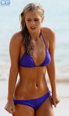 Bikini Babes, Sexy Bikini, The Bikini, Bikini Girls, Sexy Bra, Purple Bikini, Hot Girls, Summer Girls, Bikinis String