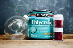 DIY Glitter Ornaments - What Should You Use To Make Them - Polycrylic or Floor Polish? - Clumsy Crafterusing polycrylic to make glitter DIY Glass Ornament Projects to Try ASAP - DIY Glass Clear Christmas Ornaments, Vinyl Ornaments, Farmhouse Christmas Ornaments, Christmas Craft Fair, Glitter Ornaments, How To Make Ornaments, Christmas Bulbs, Christmas Ideas, Homemade Ornaments
