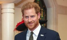 Prince Harry stepped out for the first time with his new private secretary Fiona Mcilwham at the Invictus Games celebrations on Tuesday night. Meghan Markle stayed at home with baby son Archie Harry And Meghan News, Invictus Games, Warriors Game, News Media, Meghan Markle, Prince Harry, Archie, Santa Barbara, How To Raise Money