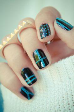 Agnes B nail polish  // credit photo http://pshiiit.com