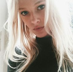 Image discovered by Raφaελλita. Find images and videos about girl, pretty and hair on We Heart It - the app to get lost in what you love. Natural Blondes, Hot Blondes, Beauty Makeup, Hair Makeup, Hair Beauty, Ice Blonde, Silver Blonde, Just Girl Things, Pretty People