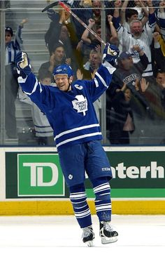 Mats Sundin Takes Your Questions Maple Leafs Hockey, Moving To Colorado, Hockey Quotes, Nhl Players, Nfl Fans, Toronto Maple Leafs, Sports Art, Pittsburgh Penguins, A Team