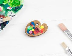 Little Wooden Paint Palette Brooch, Hand Painted, Plywood Artist Palette, Laser Cut Jewellery Laser Cut Jewelry, Jewelry Illustration, No Plastic, Kintsugi, Pin And Patches, Cookies Et Biscuits, Artist Painting, Color Mixing, Miniatures