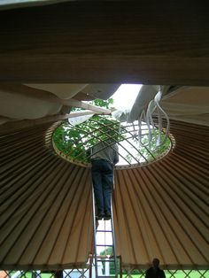 building yurt