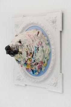 IJsbeer als schilderstrofee