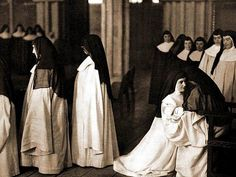 Ceremony and rubric of the Spanish Church - Female religious profession - Religious profession