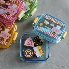 cakes erasers boxes // gomas de borrar en cajitas