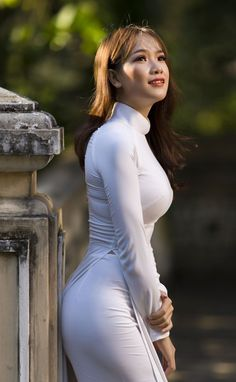 Thương nguyễn by gabi pham Sexy Asian Girls, Sexy Hot Girls, Vietnam Girl, Ao Dai Vietnam, Vietnamese Dress, Beautiful Asian Women, Pretty Asian, Look Fashion, Runway Fashion