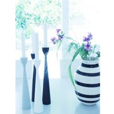 longing for summer with original Rolf™ candlesticks by freemover.se and flowers in a vase