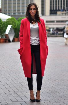 ahhmazing shape to this watermelon coat, me loves