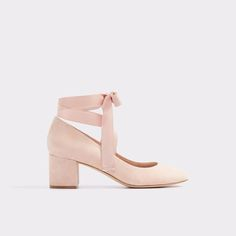 Wunderly Shoe   - 15 Must-Have Shoes for Graduation