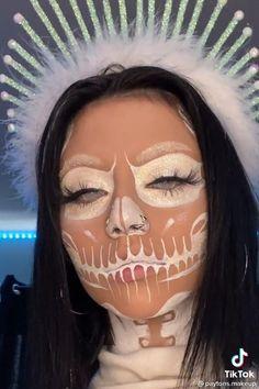 Halloween Looks, Happy Halloween, Clown Makeup, Halloween Face Makeup, Everyday Eye Makeup, Fairly Odd Parents, Make Up Art, Coldplay, Girls Makeup