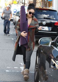 58960622b695e ... Vanessa Hudgens peaces out of a yoga studio rocking these gorgeous  over-sized shades! See more.