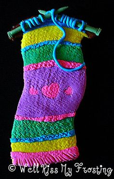 Pearl Two Knitting Cookie by well kiss my frosting, via Flickr