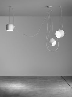 Suspension AIM LED /  Ø 24 cm Suspension blanche - Flos - Décoration et mobilier design avec Made in Design