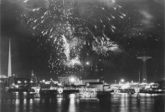 Fireworks commemorating WWI, the Revolutionary, Civil and Spanish American Wars at the 1939 New York World's Fair New York Street, New York City, Fireworks Store, Holidays In New York, The Bowery Boys, Woolworth Building, City Hospital, New York Architecture, The Great Fire