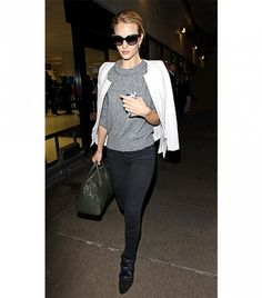 15+Easy+Ways+To+Look+Chic+At+The+Airport+via+@WhoWhatWear