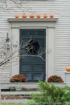 Wonderful Life Farm: Autumn Front Doors in New England