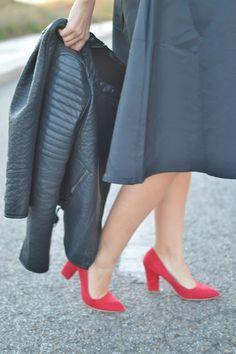 el trastero de Cris: Falda midi negra