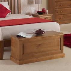 Hendon Pine Blanket Box