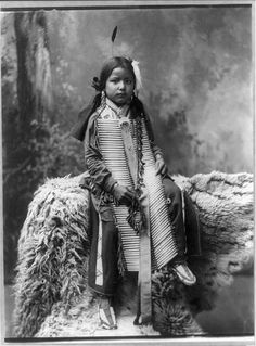 hunkpapa woman photographs | Native American Named Bone Necklace Council Chief Oglala Sioux | Male ...