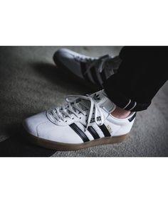 lowest price f9624 ae849 Adidas Gazelle Super White Black Shoes
