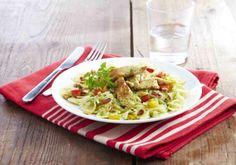 Pâtes au poulet et compotée de poivrons   Croquons La Vie - Nestlé