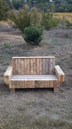 Outdoor Pallet Bench Benches & Chairs