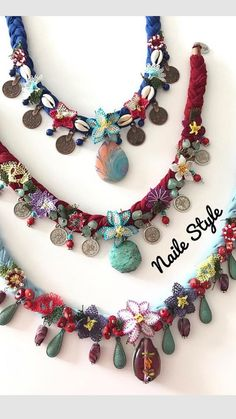 Discover recipes, home ideas, style inspiration and other ideas to try. Textile Jewelry, Fabric Jewelry, Diy Jewelry, Beaded Jewelry, Jewelery, Handmade Jewelry, Beaded Necklace, Jewelry Making, Handmade Gifts For Friends