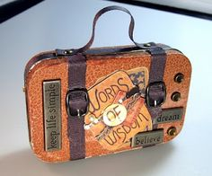 Life in the Craft Lane: In Mint Condition DIY Tutorial How to turn an altoid tin into a mini suitcase for dolls! Life in the Craft Lane Altered Tins, Altered Art, Mint Tins, Tin Art, Altoids Tins, Tin Boxes, Cigar Boxes, Alters, Doll Accessories