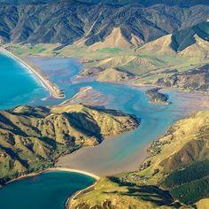 "Cable Bay, New Zealand from @geoffeidnz via New Zealand (@travelnewzealand) on Instagram: ""Stunner of a scene in Cable Bay @geoffreidnz #cablebay_NZ #newzealand"